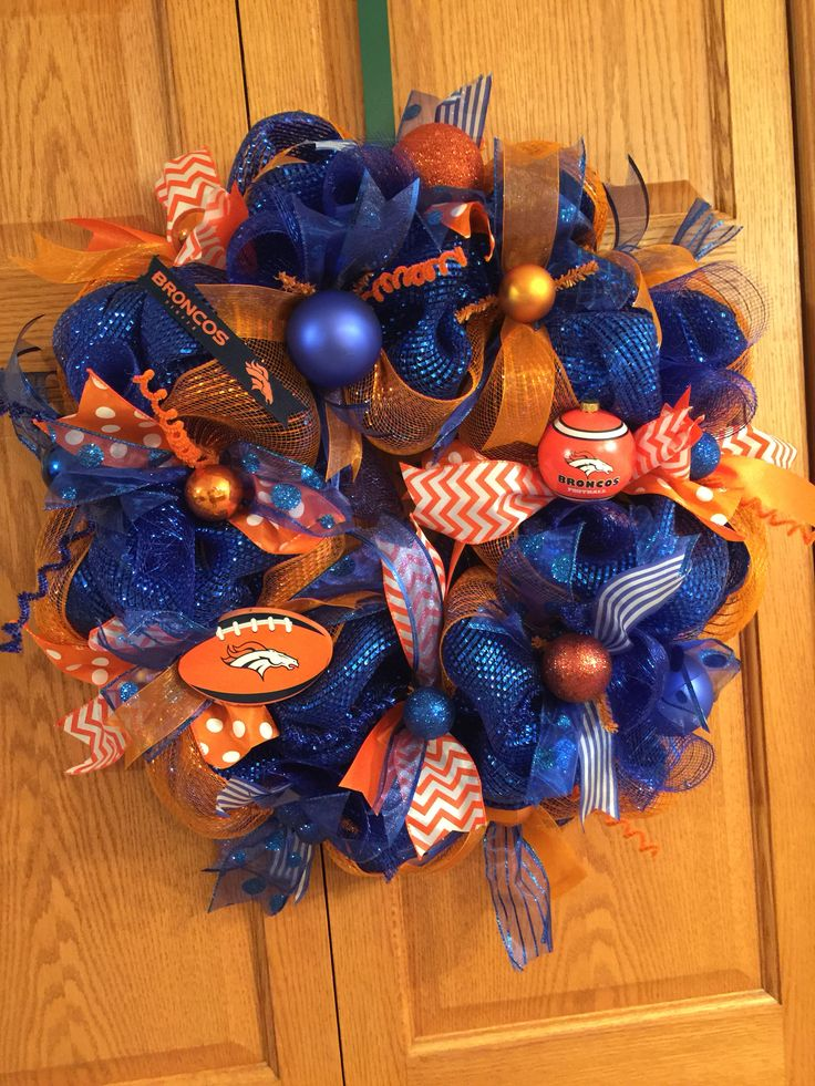 Mesh Denver Broncos wreath
