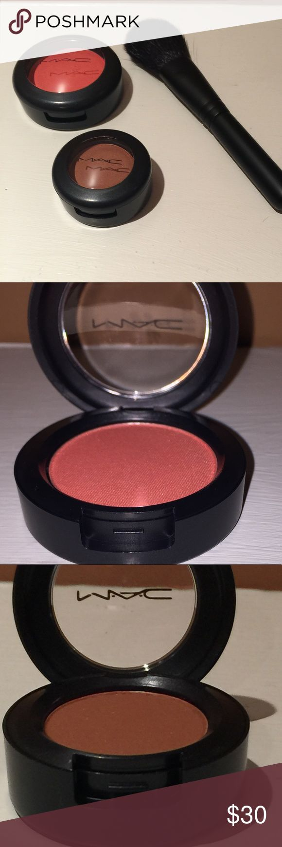 """NEW MAC Bundle: LE Blush, Eyeshadow & Blush Brush This Mac bundle includes three brand new items! Gorgeous Mac Limited edition 2.8 g blush in the shade """"This is Paradise"""" , a brand new Mac blush brush and a Mac velvet 1.5g eyeshadow in the shade """"Texture"""".  All items are 100% authentic and have never been swatched. MAC Cosmetics Makeup"""