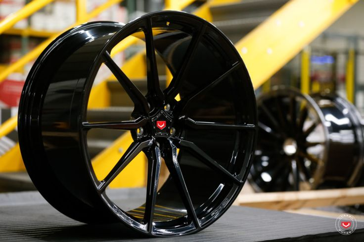 Pin by Anton aus on Wheel rims in 2020 Vossen wheels
