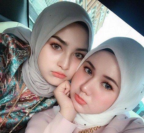 bentuk hijab runcing atas