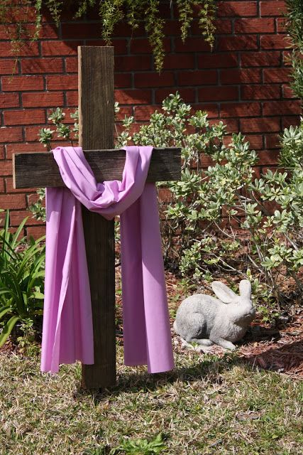 Coastal Charm: DIY Easter Cross