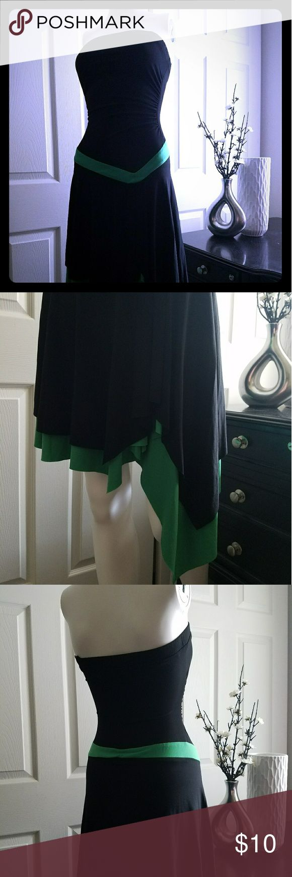 Tube Top Dress Side A-Line Strong elastic tube top with multi layered dress bottom. Great condition. Cinchining in waist. Black & Green. Dresses Mini
