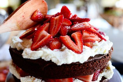 Chocolate Strawberry Nutella Cake | The Pioneer Woman