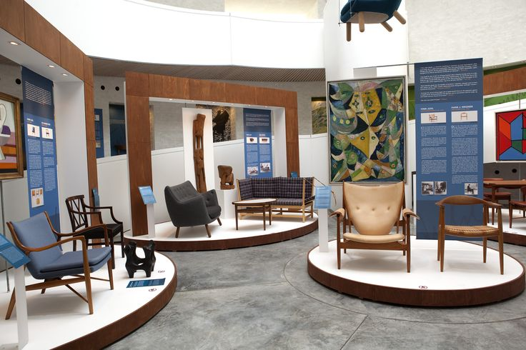 Exhibition on the Danish architect Finn Juhl and his furniture designs. 2011 Design: Vera Westergaard