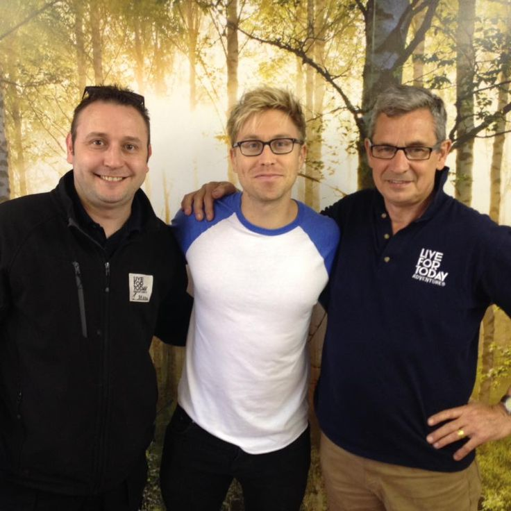 Russell Howard visited our Hazlewood Castle Venue for some Archery and our Cryptic Chase