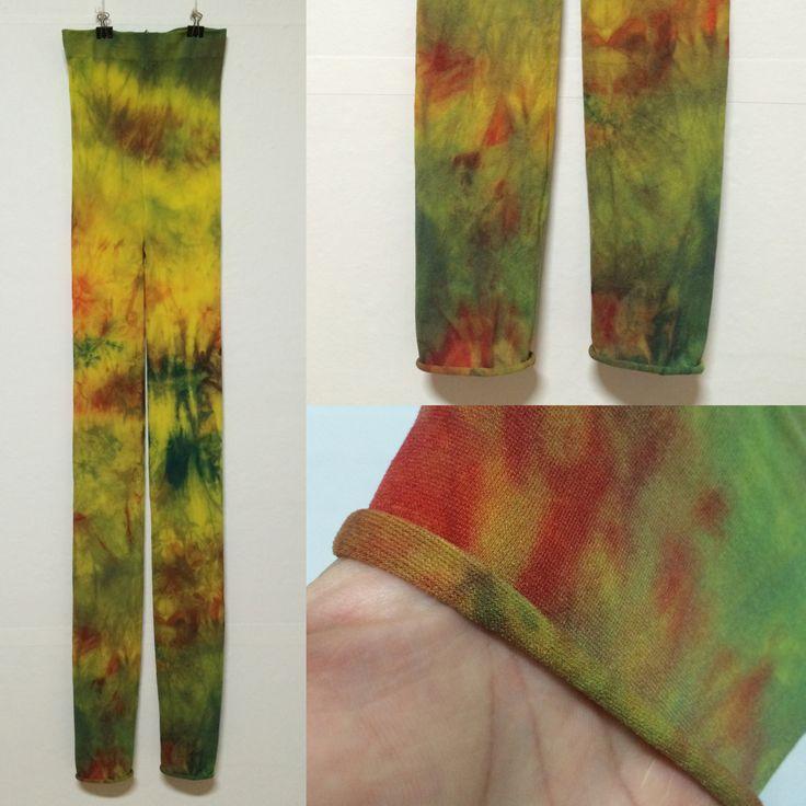 홍콩수출 스타킹들중 하나. 80데니아 9부 레깅스.  나일론비 스타킹 Designed by nylonB http://nylonb.modoo.at  #스타킹 #염색 #스타일 #스타킹디자이너 #레깅스 #핸드메이드 #타이츠 #디자인 #수작업 #handmade #패션 #란제리 #팬티스타킹 #pantyhose #legs #leggings #wearpics #tights #fashion #design #dye #style #stockings #패션스타그램 #socks #나일론 #나일론비