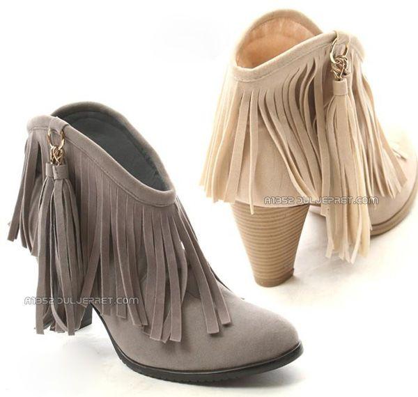 Sepatu Wanita Hak Tinggi : Female Ankle Boot Tassel - Kode : A1352