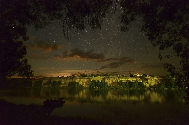 Starry night on the Murray River.