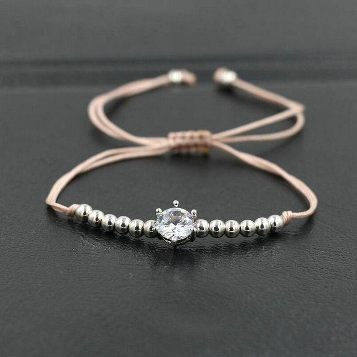 Bracelet Swarovskicréateur tendance 2017. Bracelet réglable convient à tous les poignets.