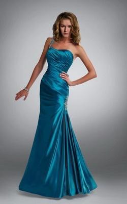 Vestidos de fiesta largos son más formales y elegantes.