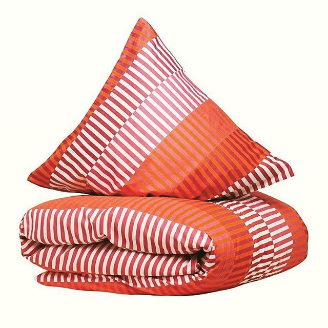 Luksus sengesæt fra Copenhagen Living 💎 Rød/orange #efterår #sengesæt #pude #bedrenaetter