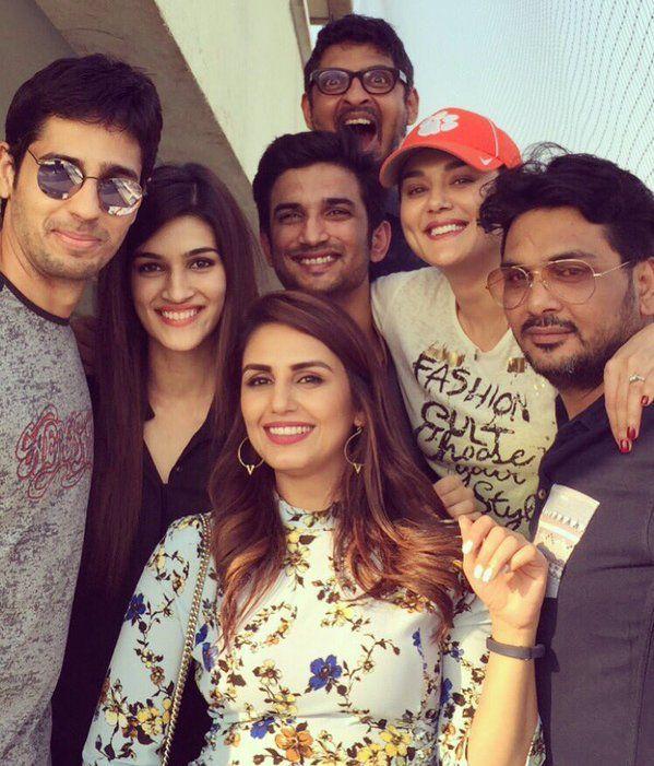 Sidharth Malhotra, Kriti Sanon, Sushant Singh Rajput, Preity Zinta, Huma Qureshi and friends at Farah Khan's birthday lunch. #Bollywood #Fashion #Style #Beauty #Hot #Sexy #Curvy