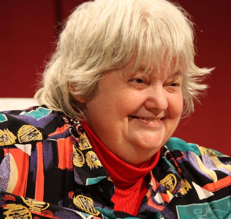 """Vera F. Birkenbihl ist mit ihrer unkonventionellen und lustigen Art """"a superlative woman"""", die uns immer dann aufmuntert, wenn der Geist Input nötig hat."""