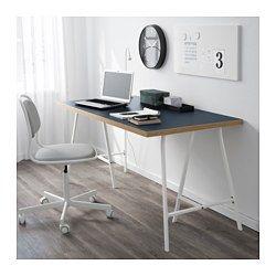 IKEA - LINNMON / LERBERG, Tafel, blauw/wit, , Het tafelblad is bedekt met een matte verf die beschermt tegen stoten en krassen, en het oppervlak tegelijkertijd zacht en glad maakt.Voorgeboorde gaten voor poten; eenvoudig te monteren.Board-on-frame is een sterk en licht materiaal met een frame van hout, spaanplaat of hardboard en een vulling van gerecycled papier. Je hebt dus minder grondstoffen nodig en het is makkelijk te transporteren, waardoor het milieu minder belast wordt.