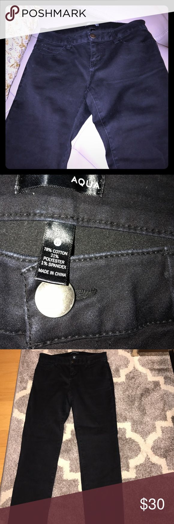 Black Aqua Jeans Great pair of black pants. Barely worn. Tight skinny fit. Can be dressed up or down. Aqua Pants Skinny