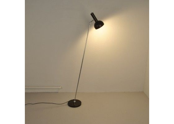 'Hala' Floor Lamp from the 1960s €375.00 Beautiful floorlamp from the 1960s. The lamp was produced by the Dutch company Hala and is nowadays a true vintage must-have for anyone. The lampshade focuses the light of the lamp and turns this lamp into an ideal reading lamp