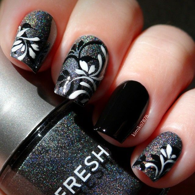 black sparkle, swirl nails ✿⊱╮