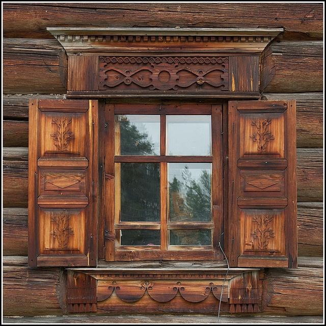 Деревянные дома с резными ставнями картинки