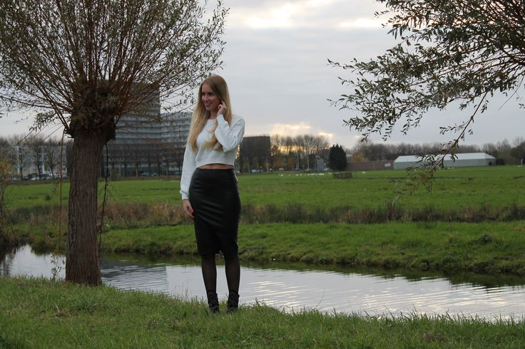 DeniChant | Outfit Of The Day – Leather skirt | http://denichant.nl