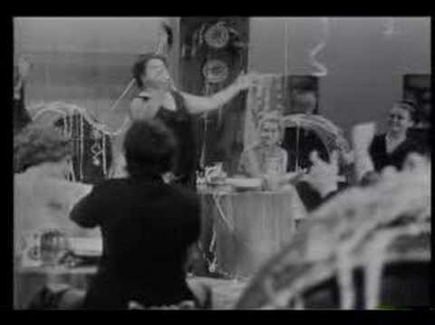 Romica Puceanu - THE QUEEN -  Ia mai da o damigeana