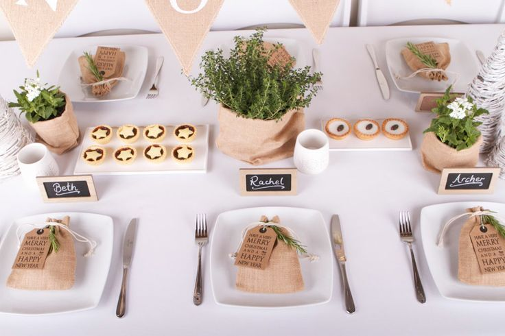Organic Christmas Table Setting