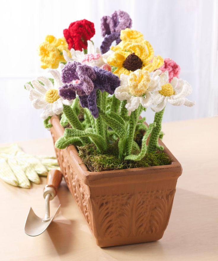 Mom's Day Bouquet Free Pattern | Red Heart ♡ Teresa Restegui http://www.pinterest.com/teretegui/ ♡