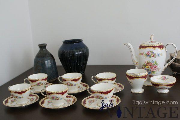 Vintage Foley Windsor of England Full Tea Set, Floral Design & Gilt Filigree - Full Set. $155.00