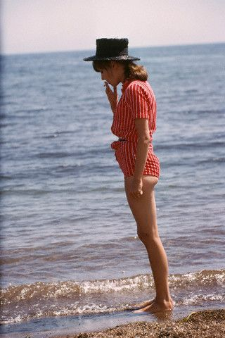 Style (and everything) icon: Anna Karina. Muse and wife of Jean Luc Godard, embodiment of Nouvelle Vague. Ahh, love.