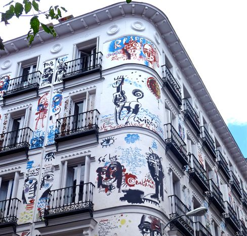 Edificio Graffiti (Madrid). Me encanta este edificio y el barrio