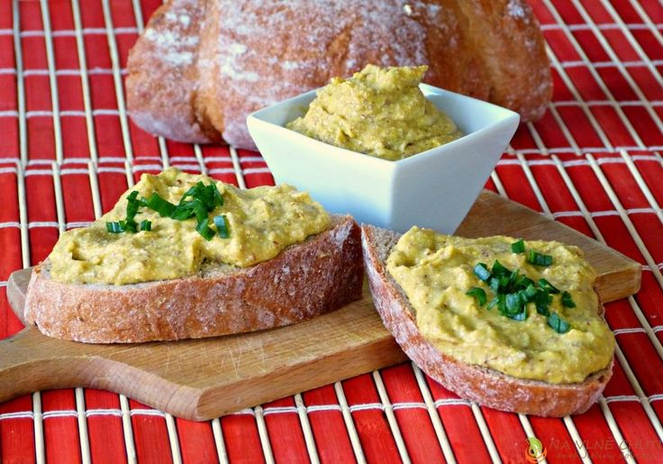 Zeleninová pomazánka z pohankové lámanky, hraška másla a šmakouna – Na vlně chuti – Jitčiny Dobroty
