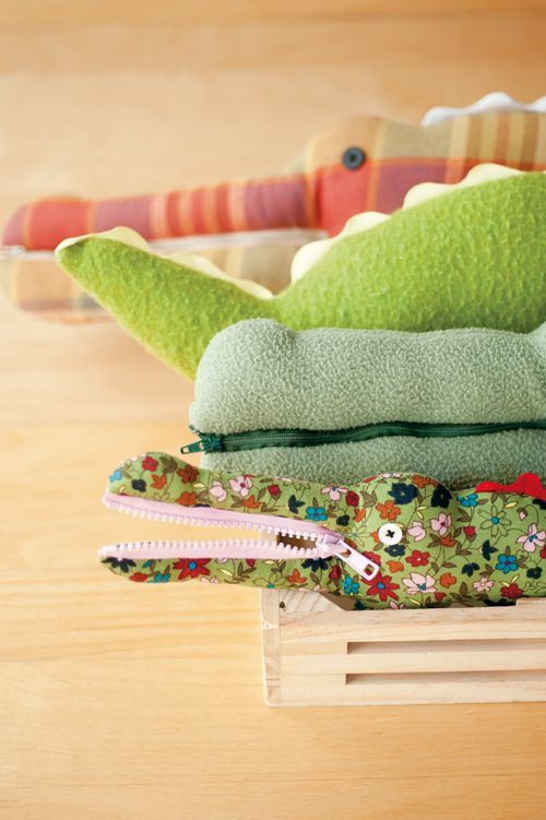 Crocodile Softie from the book: Flip Dolls & Other Toys That Zip, Stack, Hide, Grab & Go by Laura Wilson | Sew Mama Sew |