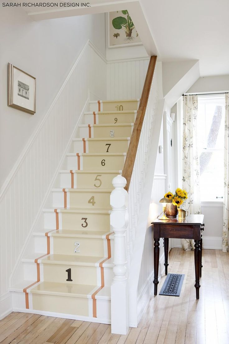 Sarah richardson farmhouse mudroom - Name Sarah Richardson Claim To Fame Ever Growing Television Empire Including In Chronological Order The Shows Room Service Off The Air For A Long