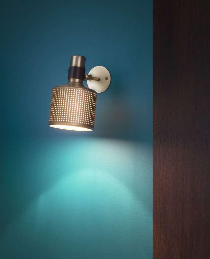 BERT FRANK RIDDLE WALL LIGHT SINGLE BRASS AND BLACK.jpg