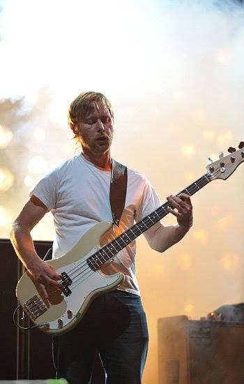 Foo Fighters / Nate Mendel