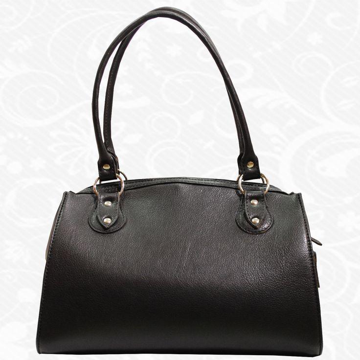 Kožené kabelky sú praktické a krásne módne doplnky, v ktorých nosíme svoj hmotný i nehmotný svet. Kabelka o nás prezrádza viac, ako si možno myslíme.  http://www.vegalm.sk/produkt/kozena-kabelka-c-8615/