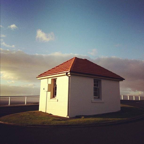 morning run at byron bay lighthouse