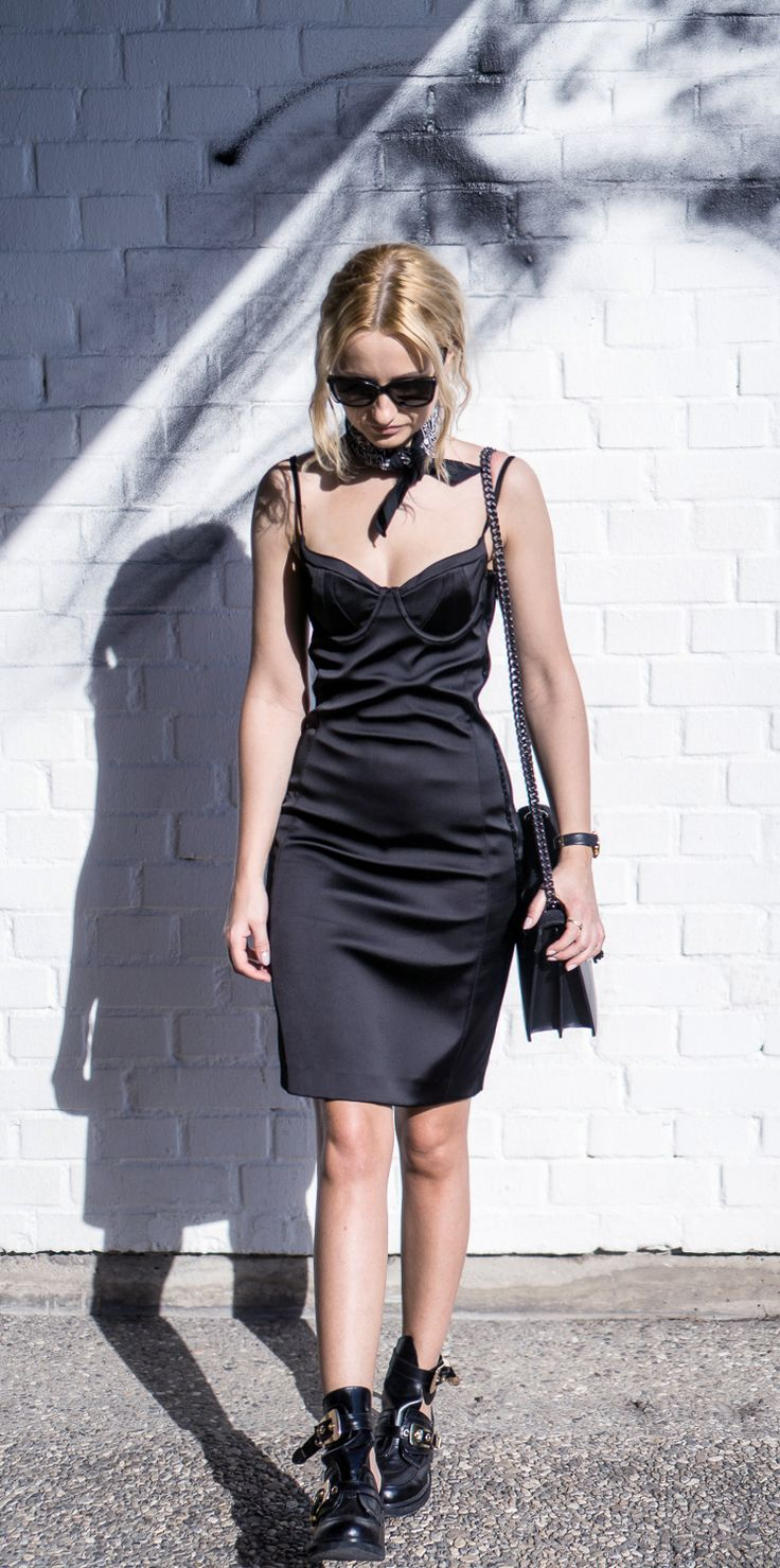 OOTD: black lingerie pencil dress. More on lilicons.com