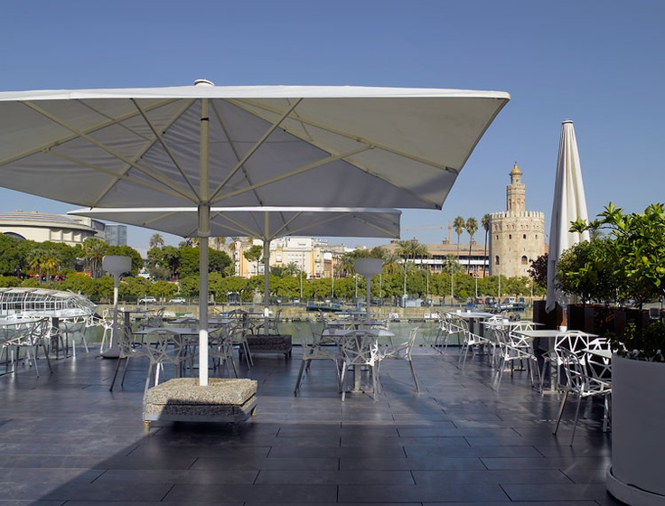 Abades Triana, great restaurant with a terrace with beautiful views in Seville