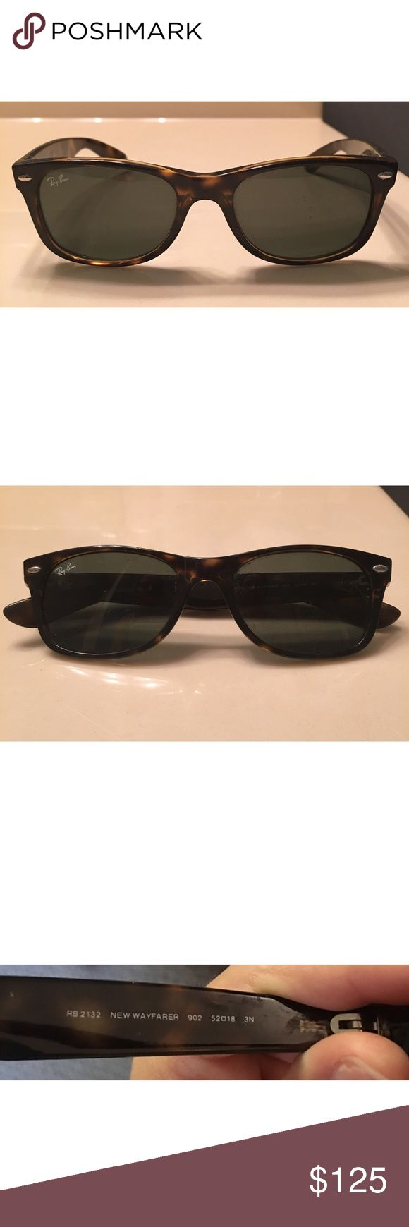 Ray-ban wayfarers barely worn! Low price today! Authentic ray-ban wayfarer sunglasses only worn a few times! In great condition! Little scratch shown in last pic from dropping 🙈but you can't notice it at all. Originally $140. Will include black ray ban case with cleaning cloth.                                                            Frame--Tortoise                                                            Lenses--Green classic g-15                                     Non polarized…