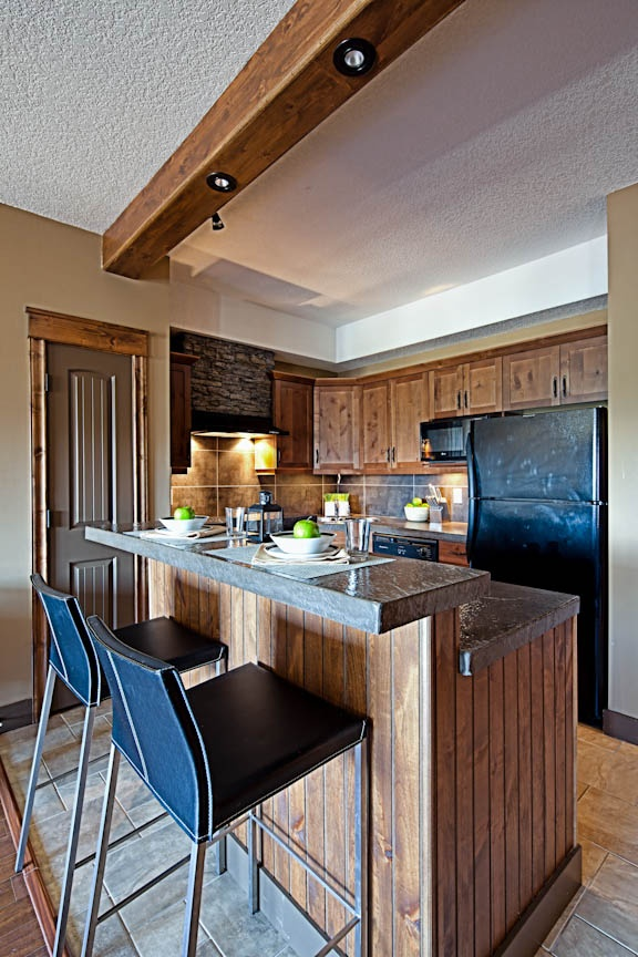 Fully stocked kitchen for your comfort and convenience