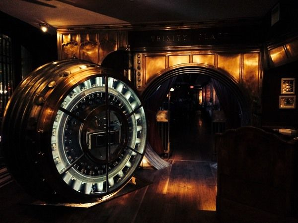 This lower Manhattan bar is set up in an old bank vault that rests beneath a skyscraper that hides even more historic splendor.