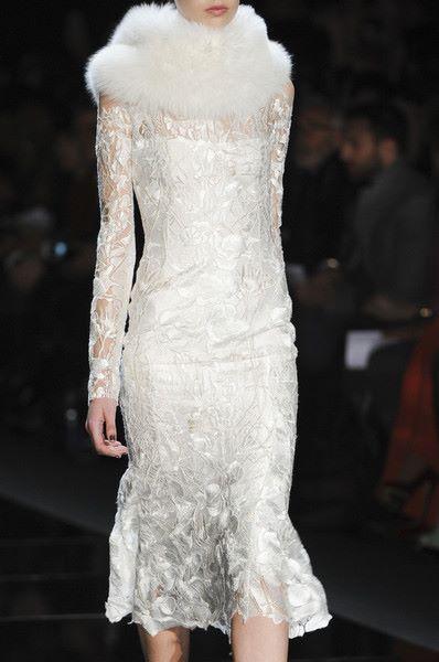 Элегантное платье невесты от Monique Lhuillier fall 2013