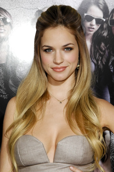 ALEXIS KNAPP - long hairstyle #LoveYourHair