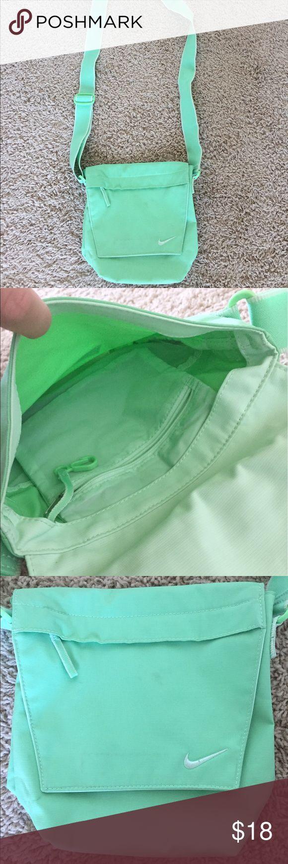 Nike shoulder messenger bag Mint color Nike shoulder bag. Great condition, barely used. Nike Bags Shoulder Bags