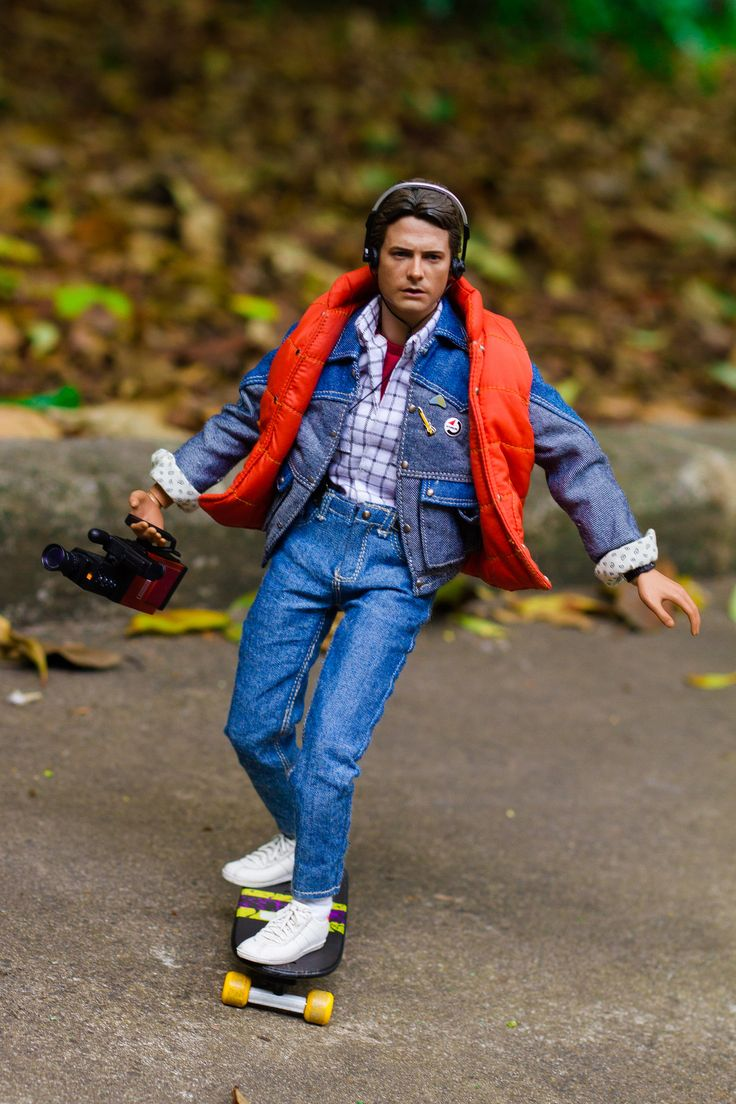 back to the future marty mcfly hot toys 1 6 dolls in the movies pinterest back to toys. Black Bedroom Furniture Sets. Home Design Ideas