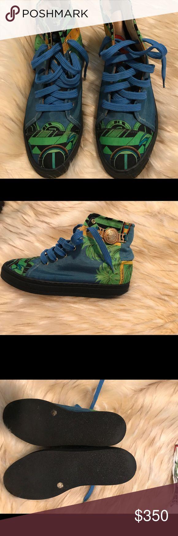 Versace sneakers! Like new worn once inside! Gianni Versace sneakers. Can fit 6-61/2 gianni versace Shoes Sneakers