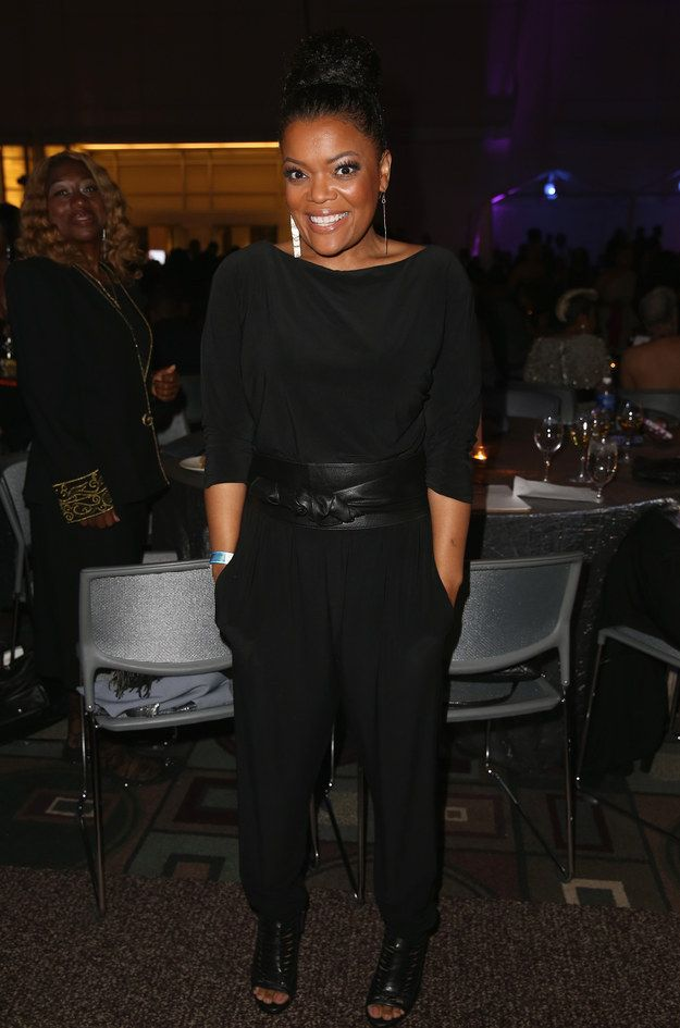 Fab! Yvette Nicole Brown At The 46th NAACP Image Awards