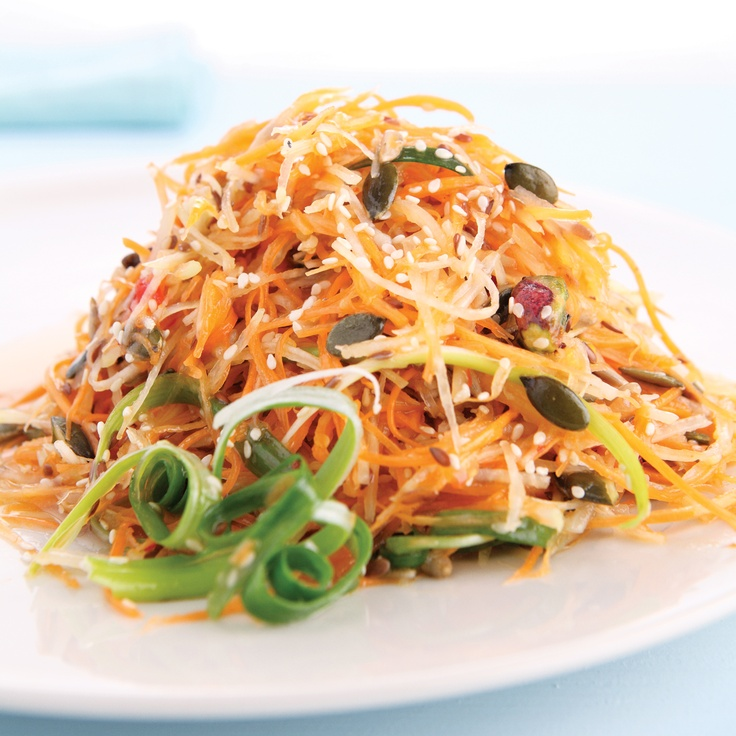 Kohlrabi Salad with Sweet Chilli Sauce - wonderfully refreshing and perfect for summer. On page 22 of #FoodinaFlash, available from www.atv.co.za. #cooking #salad #kohlrabi #sweetchilli