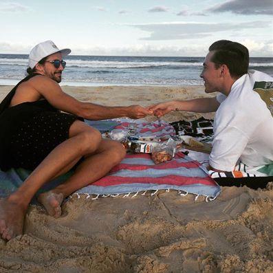 Friends + Food + Knotty = Perfect Beach Day! www.knotty.com.au