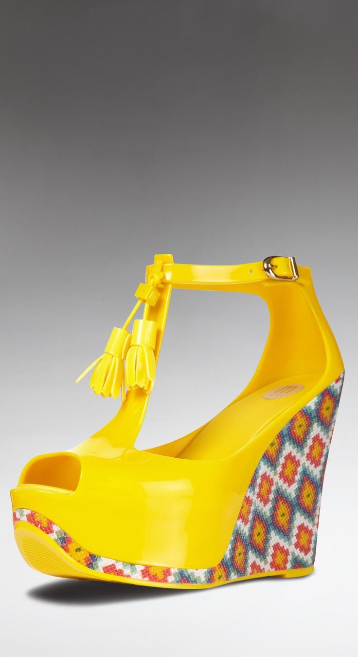 MELISSA SHOES Yellow tassle print wedges
